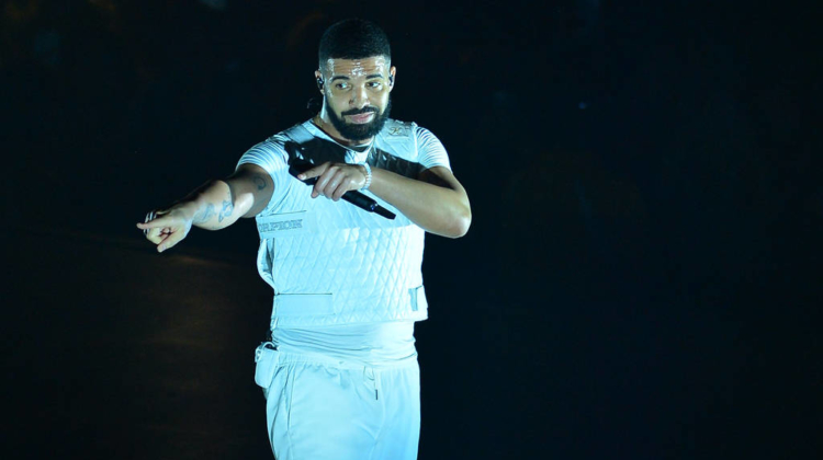 Ciara 'so proud' of her healthy natural hair